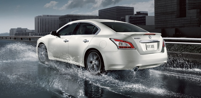 REVIEWED: Performance and Technology of the 2014 Nissan Maxima in Kingston, New York