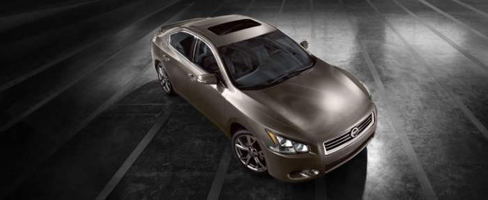 IN-STOCK: 2014 Nissan Maxima in Kingston, New York. Performance and Technology features
