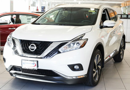 The stunning aerodynamic exterior of the 2015 Nissan Murano starts with the V-Motion Grille