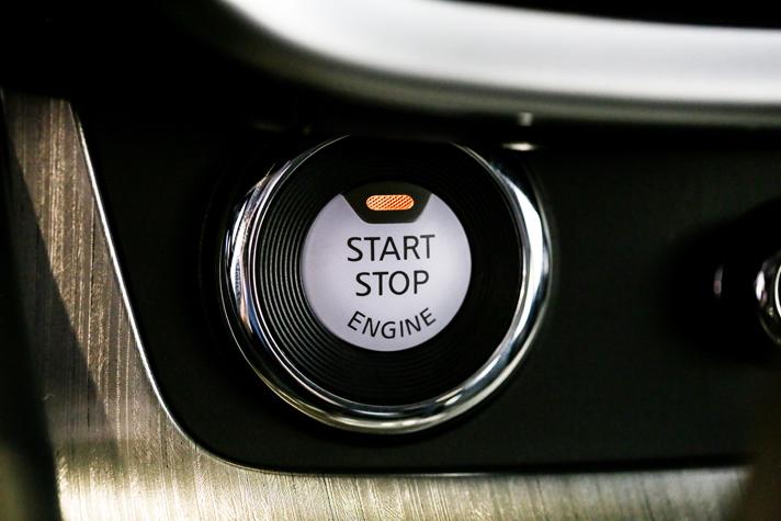 2015 Nissan Murano offers keyless start