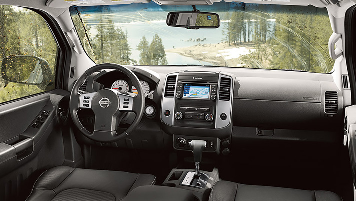 Our 2015 Nissan Xterra Review Lets You See What's Inside This SUV